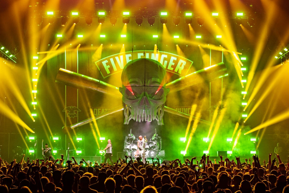 five finger death punch sioux city battery park concert